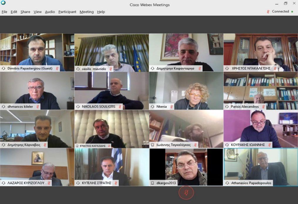 Κορωνοϊός: Τι αποφασίστηκε στην τηλεδιάσκεψη ΚΕΔΕ- ΠΕΔ
