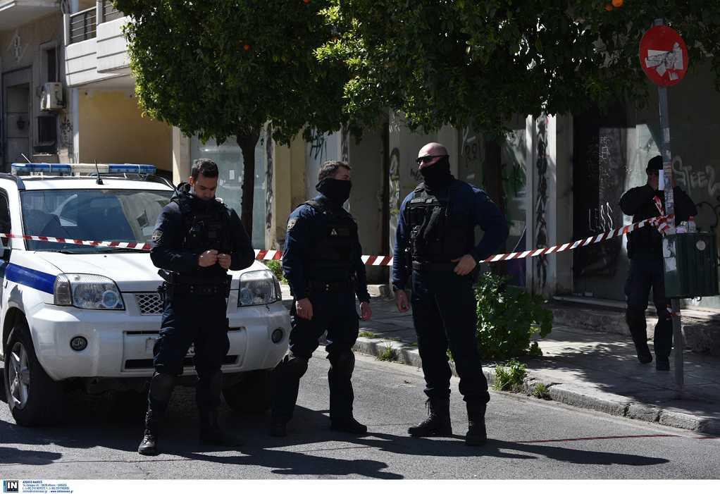 Σε εξέλιξη επιχείρηση της Αντιτρομοκρατικής – Τρεις συλλήψεις