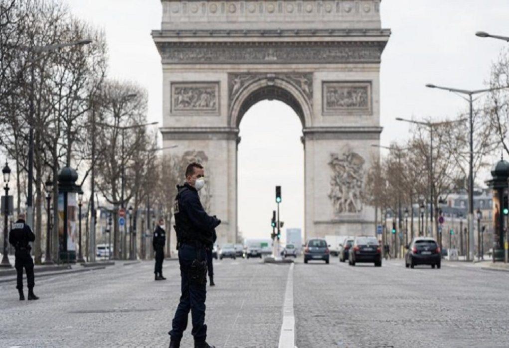 Παρίσι: Απαγορεύτηκε η πορεία για τη δολοφονία του Φλόιντ