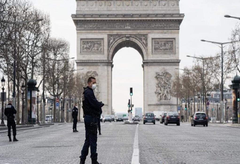 «Άνοιξε» το Παρίσι μετά από 11 εβδομάδες καραντίνας
