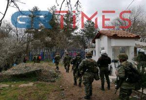 Έβρος: Τουρκικά πυρά πάνω από ελληνικό τζιπ