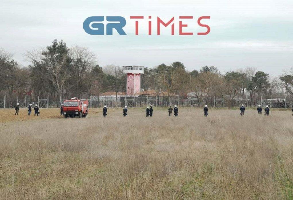 Συναγερμός στον Έβρο: συγκεντρώνονται τουρκικός στρατός και μετανάστες (ΒΙΝΤΕΟ)