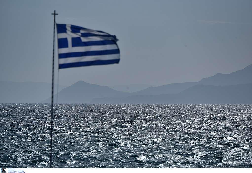 Γιατί η ελληνική σημαία είναι κυανόλευκη