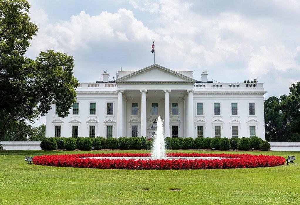 ΗΠΑ – Κορωνοϊός: Ο Λευκός Οίκος διοργανώνει δεξίωση την ώρα που οι πολίτες μένουν σπίτι