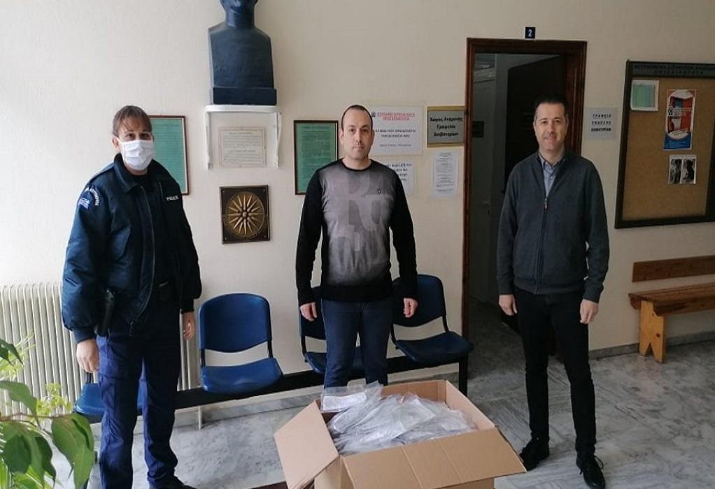 Ένωση Ξενοδόχων Χαλκιδικής: Προσφορά μασκών σε αστυνομικούς