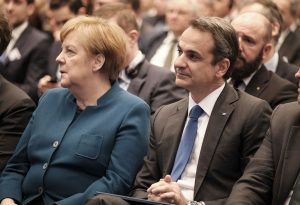 Μητσοτάκης σε Μέρκελ: Άμεση η εμπλοκή των τουρκικών αρχών – Μαζική παραβίαση