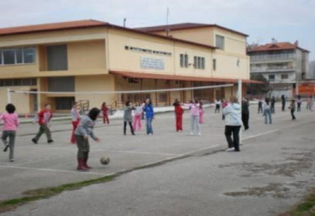 Αποτέλεσμα εικόνας για Συνεχίζεται η προληπτική απολύμανση των σχολείων του Δήμου Σκύδρας