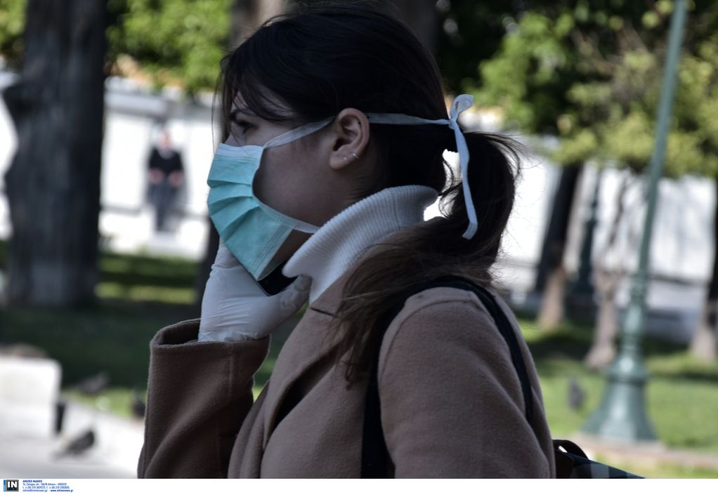 Κορωνοϊός: Τι προτείνει ο ΠΟΥ για τη χρήση μάσκας