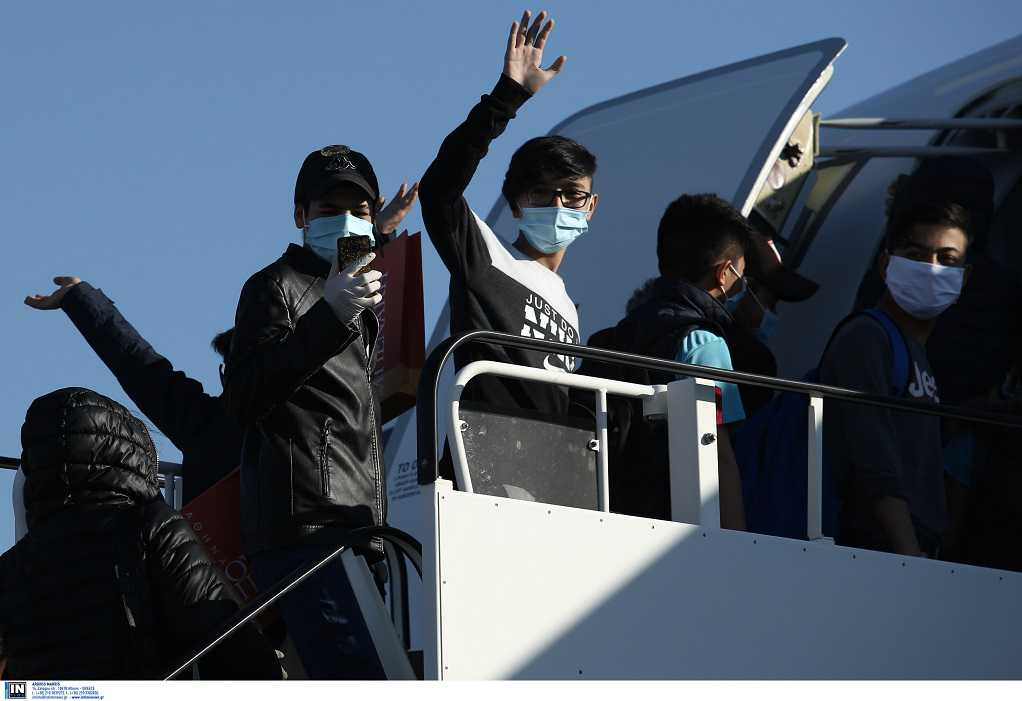 Αναχώρησε για Γαλλία η πρώτη ομάδα ασυνόδευτων ανηλίκων