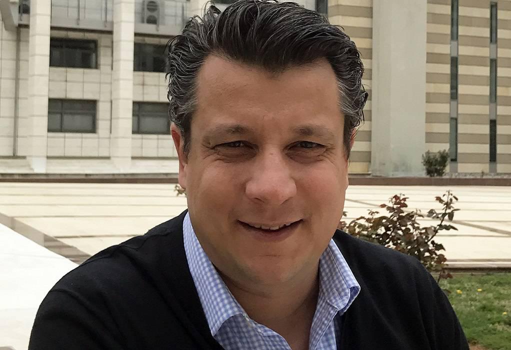 Μ. Δερμιτζάκης: Ίσως χρειάζεται να μπει ένας κόφτης στα SMS