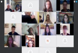 Kορωνοϊός: Πάνω από 1 εκατ. οι μαθητές στα «ψηφιακά θρανία»