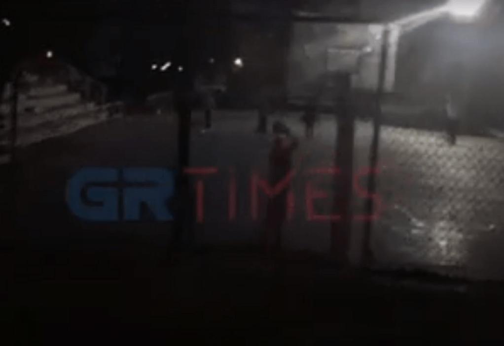 Θεσ/νίκη: Δεν «έμειναν σπίτι» και πήγαν για μπάσκετ (VIDEO)