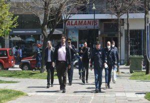 Έφτασαν στη Λάρισα Χαρδαλιάς και Τσιόδρας (ΦΩΤΟ)