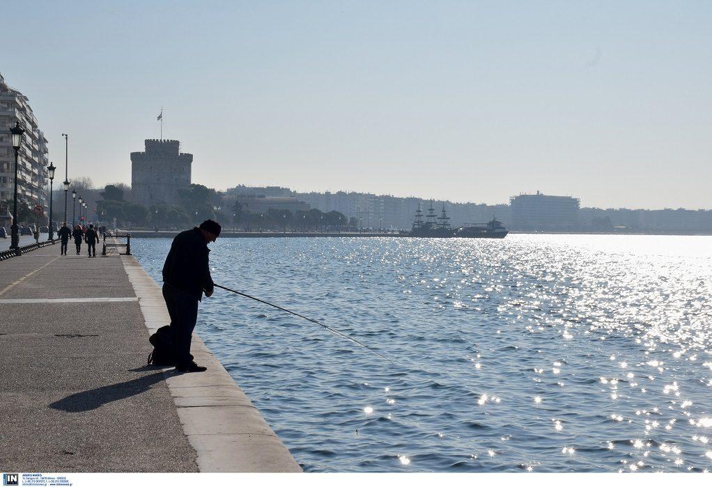 Ερασιτεχνική αλιεία: Τι λένε επιστήμονες για το υπό διαβούλευση Π/Δ