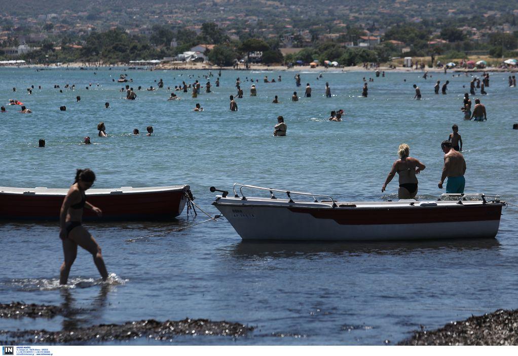 Αττική: Σε ποιες παραλίες απαγορεύεται η κολύμβηση