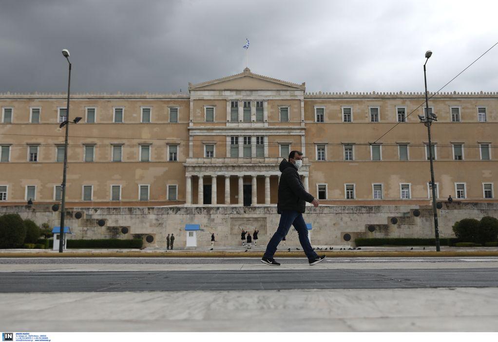 Βατόπουλος-Κορωνοϊός: H νεολαία δεν έχει πάρει χαμπάρι τι γίνεται