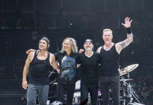 Οι Metallica δώρισαν 350.000 για την αντιμετώπιση του κορωνοϊού