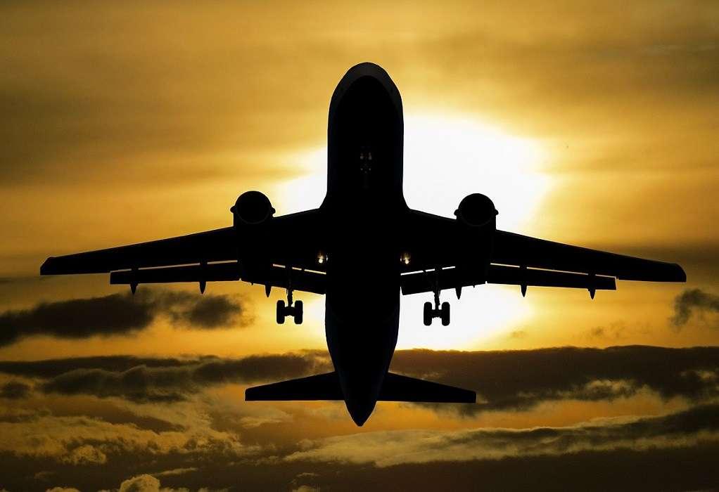 Αερομεταφορές: Μείωση 99% στην επιβατική κίνηση τον Απρίλιο