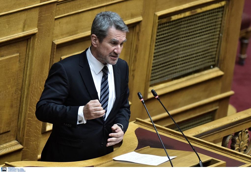 Ο Ανδρέας Λοβέρδος ανακοινώνει την υποψηφιότητα του για την ηγεσία του ΚΙΝΑΛ
