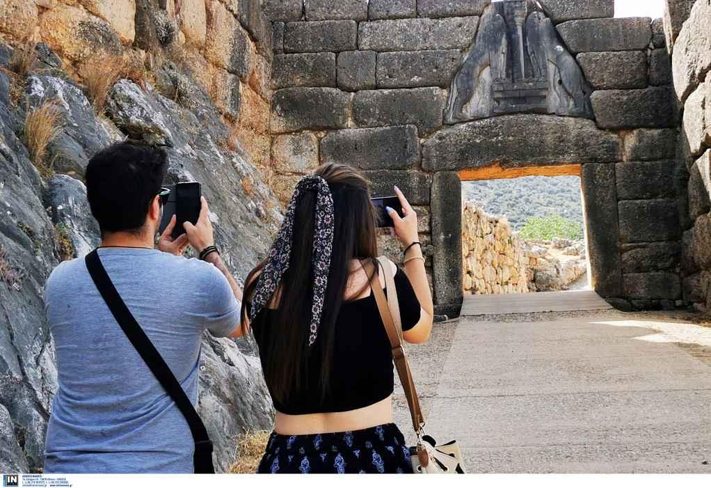 Άνοιξαν οι αρχαιολογικοί χώροι σε όλη την Ελλάδα (ΦΩΤΟ)