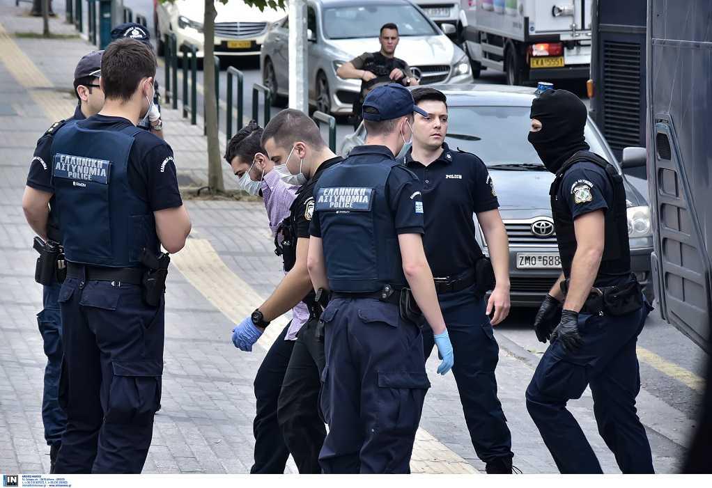Στη Ρόδο επέστρεψε ο 23χρονος δολοφόνος της Ελένης Τοπαλούδη