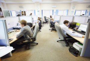 Κορωνοϊός: Όλα τα μέτρα προστασίας στους χώρους εργασίας