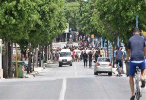Λάρισα: Επιθέσεις σε δημοσιογράφους στον οικισμό Ρομά (VIDEO)