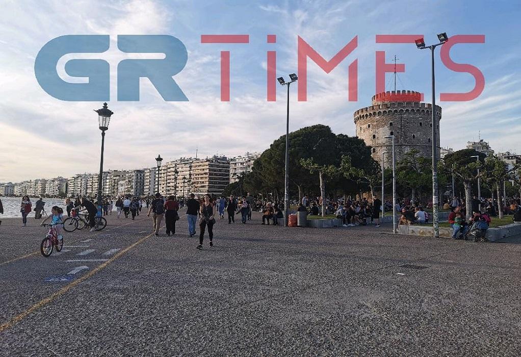 Θεσ/νίκη: Δείτε εικόνα από το Λευκό Πύργο (VIDEO)