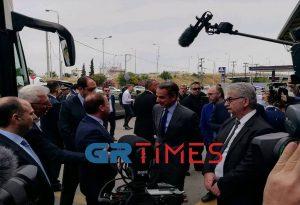 Ο πρωθυπουργός στον σταθμό ΚΤΕΛ Μακεδονία (ΦΩΤΟ-ΒΙΝΤΕΟ)