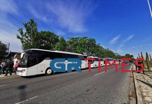 Τουριστικά λεωφορεία: Πανελλαδική κινητοποίηση για την πλήρη απαλλαγή πληρωμής τελών κυκλοφορίας – Πρόεδροι Σωματείων στο GRTimes.gr
