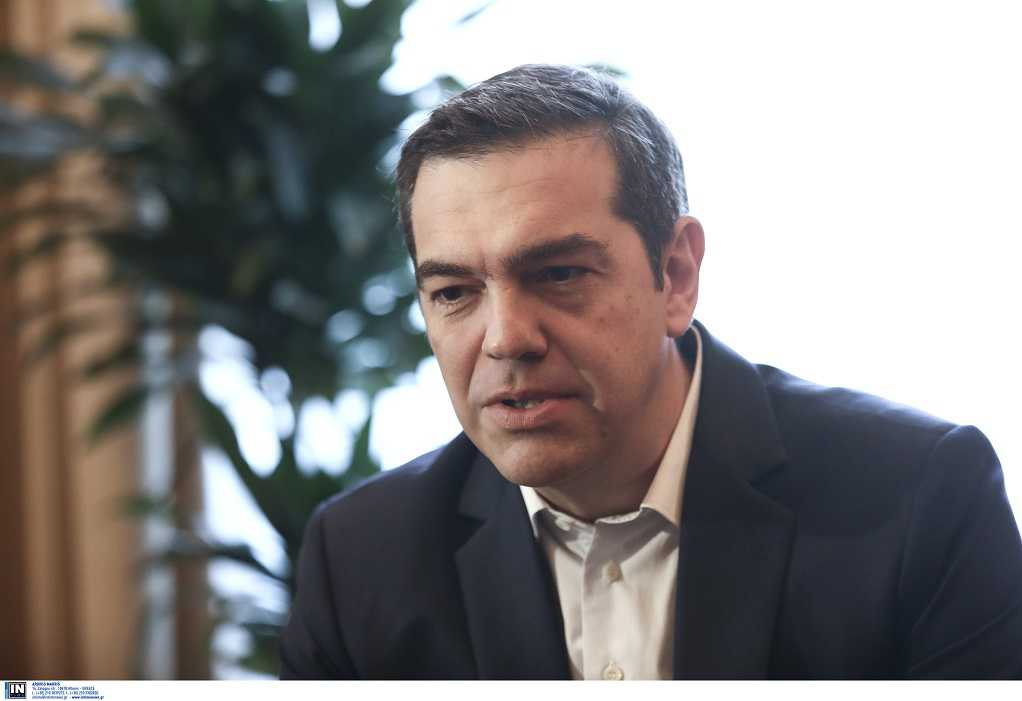 Τσίπρας: Διεκδικούμε την πλειοψηφία για να βγάλουμε τη χώρα από το τέλμα