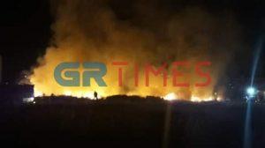 Υπό πλήρη έλεγχο η φωτιά στον Εύοσμο