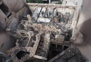 Ερείπιο η οικία Αλεξάνδρου Σούτσου μετά την φωτιά (ΦΩΤΟ)