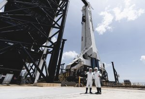 SpaceX: Πραγματοποιήθηκε η ιστορική εκτόξευση της NASA (LIVE)