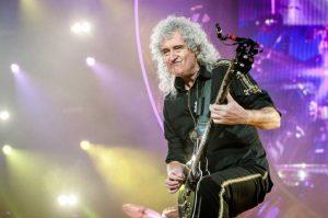 Καρδιακή προσβολή υπέστη ο κιθαρίστας των Queen