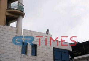 Εμπρησμός η φωτιά στο κτίριο της Κ.Καραμανλή (ΦΩΤΟ-VIDEO)