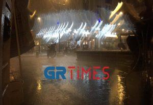 Κεραυνοί και έντονη βροχόπτωση στη Θεσσαλονίκη (ΦΩΤΟ – ΒΙΝΤΕΟ)
