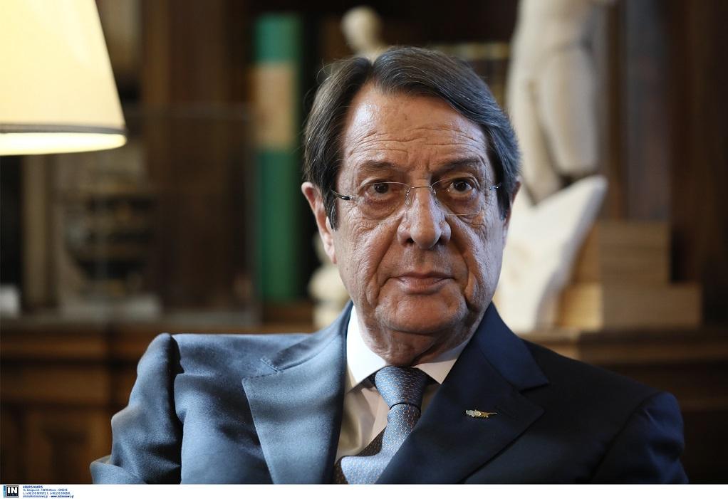 Κυπριακό: Συνάντηση Αναστασιάδη με την απεσταλμένη του ΓΓ του ΟΗΕ