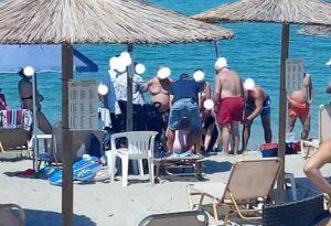 Εθελοντές έσωσαν ζωή γυναίκας σε παραλία