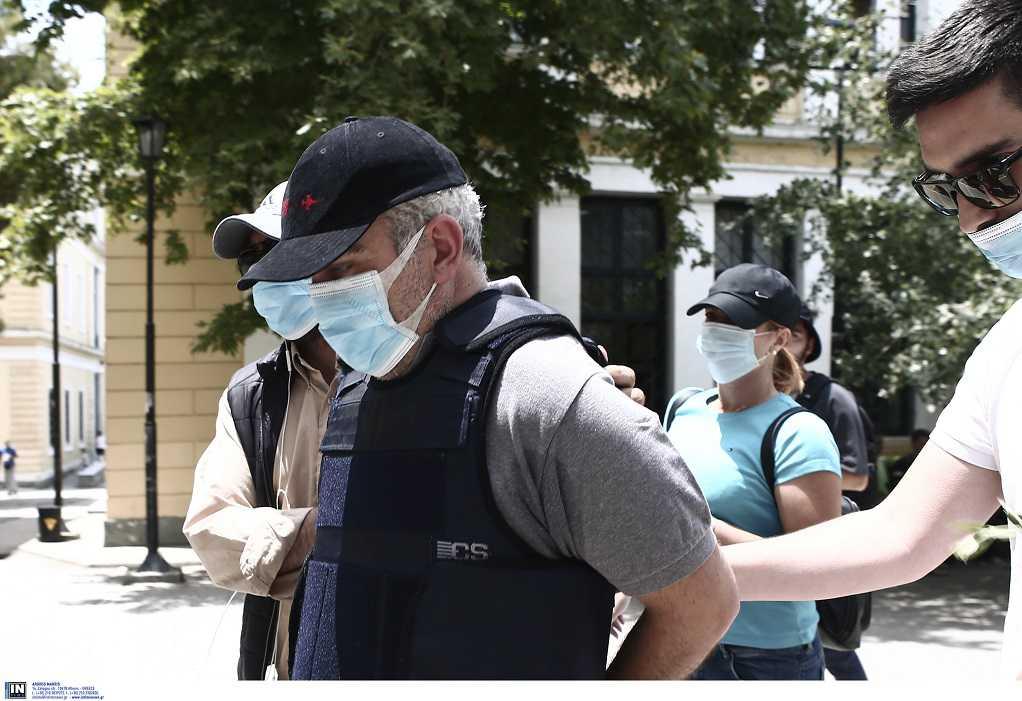 «Καταπέλτης» η Ιατροδικαστής για 12 θανάτους από τη δράση του ψευτογιατρού