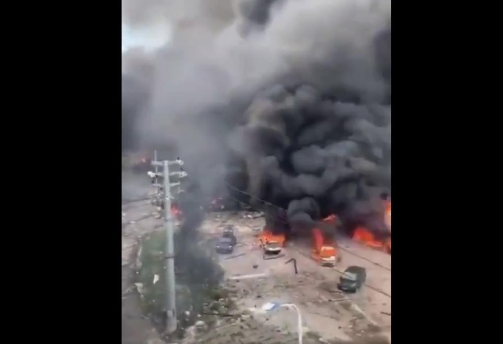 Κίνα: Έκρηξη βυτιοφόρου εν κινήσει
