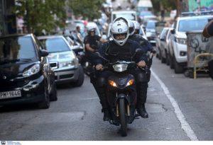 Σε εξέλιξη αστυνομική επιχείρηση στα Εξάρχεια