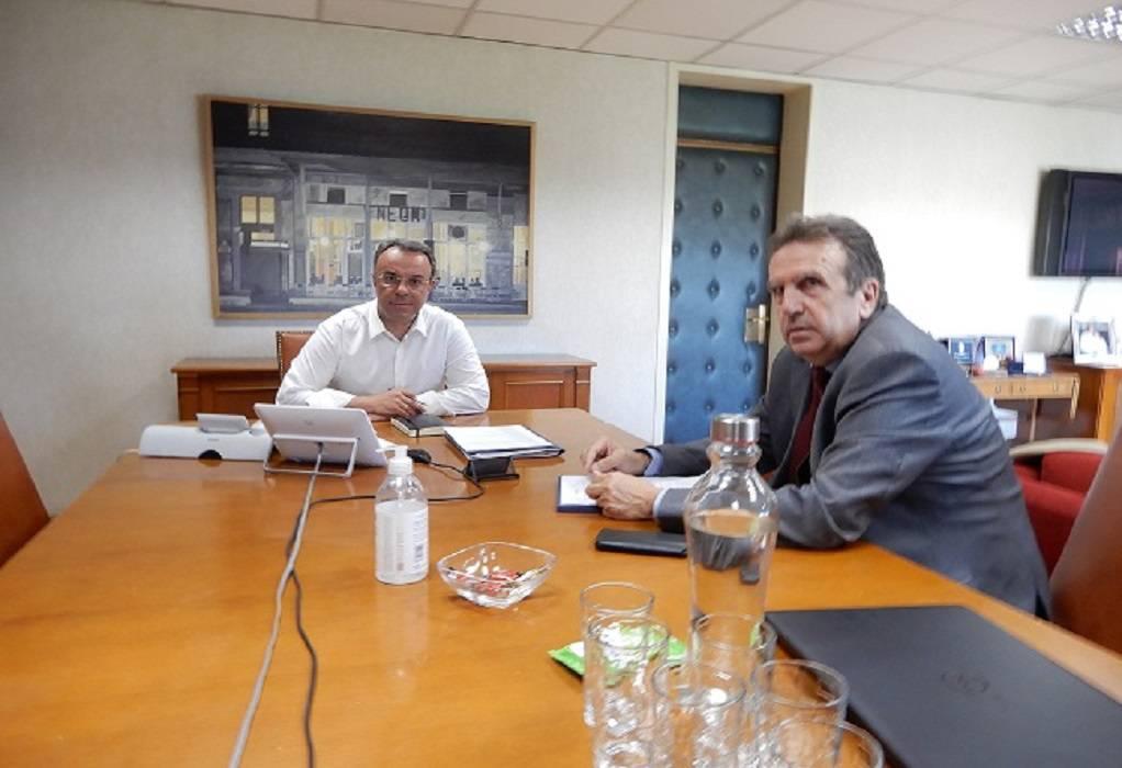 Τι συζήτησε ο πρόεδρος της ΕΣΕΕ με τον Χ. Σταϊκούρα