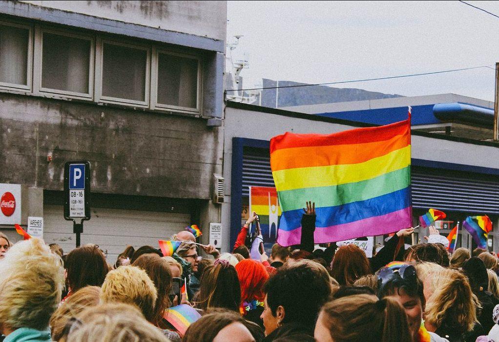 Συζήτηση για τις διακρίσεις κατά των ΛΟΑΤΚΙ+