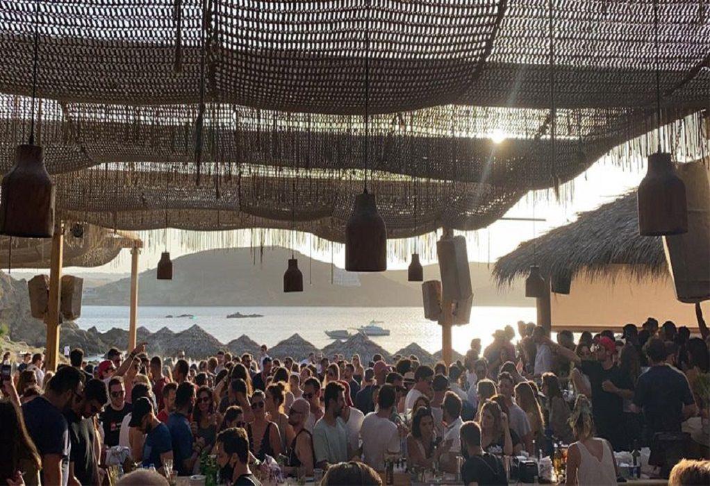 """""""Λουκέτο"""" σε φημισμένα beach bar στο νησί των ανέμων"""