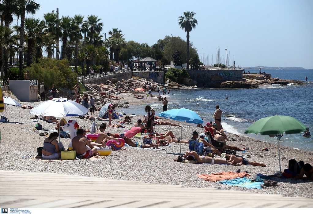 Κορωνοϊός: Παρατείνονται τα μέτρα στις παραλίες