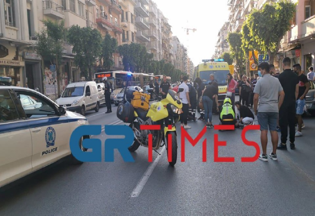 Τώρα: Σοβαρό τροχαίο στη Θεσσαλονίκη (ΦΩΤΟ-VIDEO)