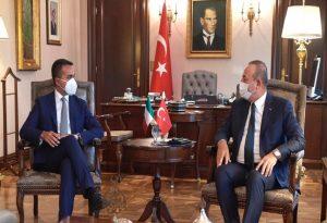 Τσαβούσογλου: Συνεργασία με Ιταλία για ειρήνη με Λιβύη