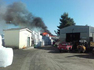 Κέρκυρα: Υπό έλεγχο η φωτιά στον ΧΥΤΑ στο Τεμπλόνι