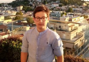 Ο 13χρονος που κατάκτησε το πρώτο βραβείο σε διεθνή διαγωνισμό ποίησης